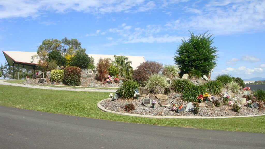 Brisbane funeral home - cemetery logan